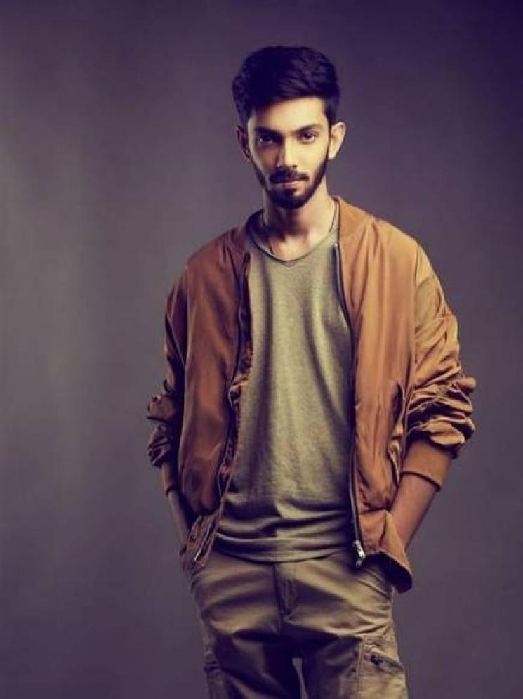 Anirudh Performs Moonu BGM With His Piano