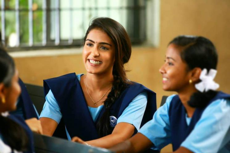 Comali Actress Samyuktha Hegde New Tricks In Workout