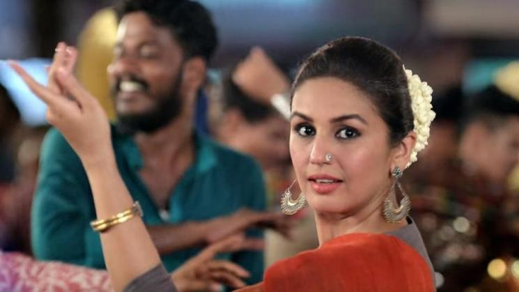 Huma Qureshi Is The Female Lead in Ajith Valimai