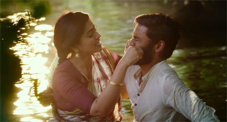 Piriyadha Enna Video Song Pattas Dhanush Sneha
