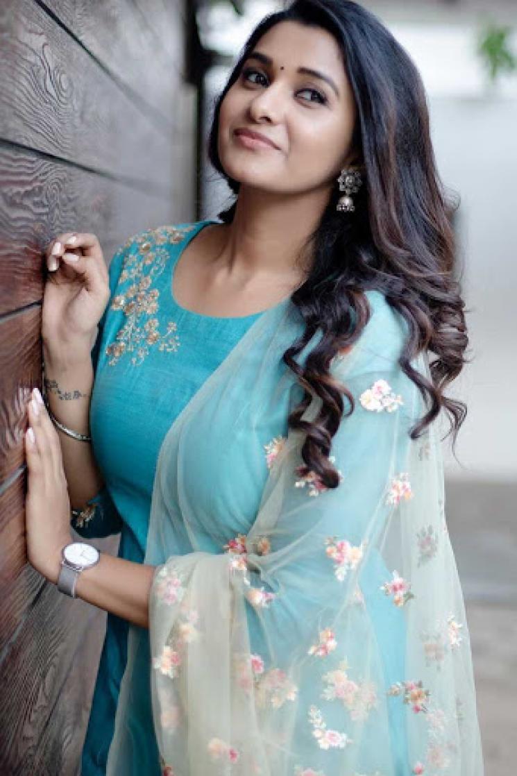 Priya Bhavani Shankar Post on Chitra Porunami