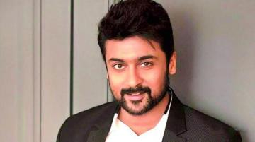 Suriya Gives cheque of 10 Lakhs Directors Union