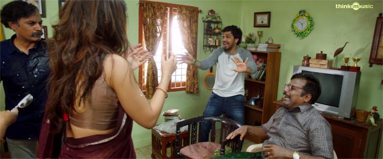 Naan Sirithal Keka Beka Video Song Hiphop Tamizha