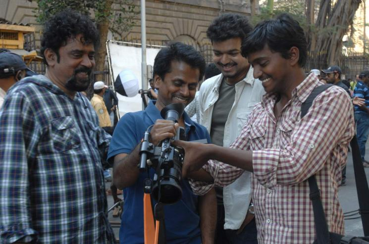 Santosh Sivan Explanation on Thuppaki 2 Project