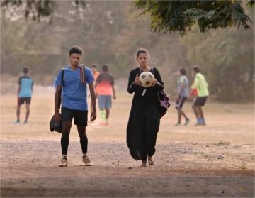 Champion Teaser Vishwa,Mrinalini Ravi Suseenthiran