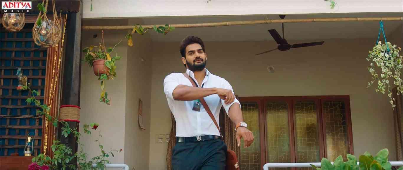 Karthikeya Anagha Guna 369 Trailer Released