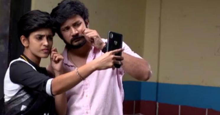 Sathya Takes Selfie With Prabhu Zee Tamil
