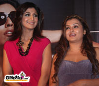 Shilpa Shetty inaugurates Sona's Uniq fashion store