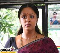Andrea in  Pachaikili Muthucharam : A star in the making