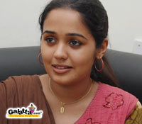 Ananya debuts in Telugu with Amayakudu