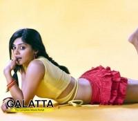 Bhavana to do an item song in Bahuparaak?