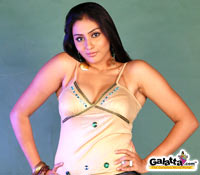 Namitha steals the show at Vaigai audio launch