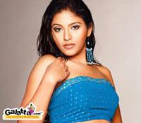 Anjali more cautious after Angadi Theru
