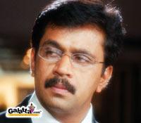 Arjun's daredevil stunts in Maasi!