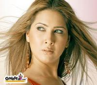 Kim Sharma gets her voice dubbed in Tom Dick and Harry