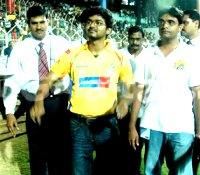 Vijay cheering CSK!