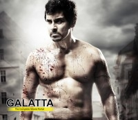 Vikram enters 6 pack club through Thaandavam!