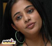 Priyamani hots up  Hare Ram