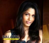 Freida eyes Bollywood