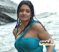Video of  Raman Thediya Seethai  songs