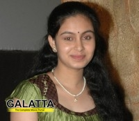 Abhinaya goes to Bollywood