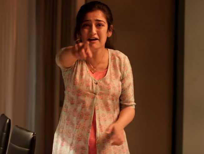 New Intense Video From Chiyaan Vikram's Kadaram Kondan!