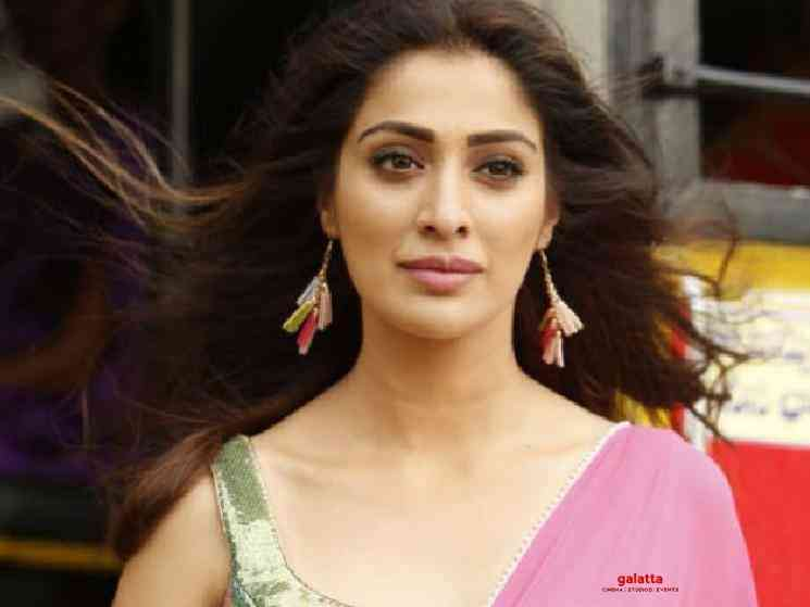 Raai Laxmi Anjali Anandha Bhairavi progressing rapidly - Tamil Movie Cinema News