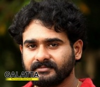 Director Bharathan to remake Mollywooda's Cocktail