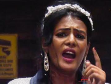 Bigg Boss 3 Meera Mitun Agni Siragugal director Naveen Akshara - Movie Cinema News