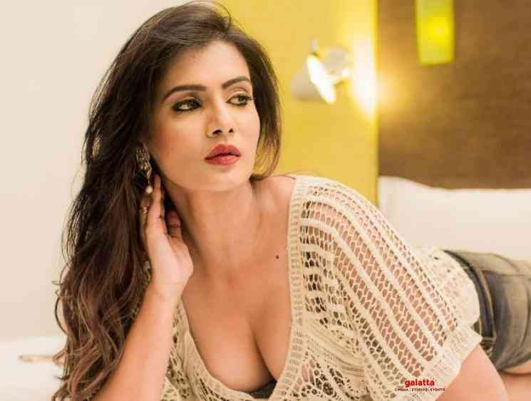 Meera Mitun shares vulgar fan reactions to her latest photoshoot - Tamil Movie Cinema News