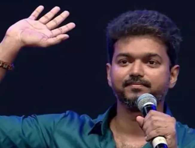 Bigil audio launch: New viral video shows fans fulfilling Vijay's big request