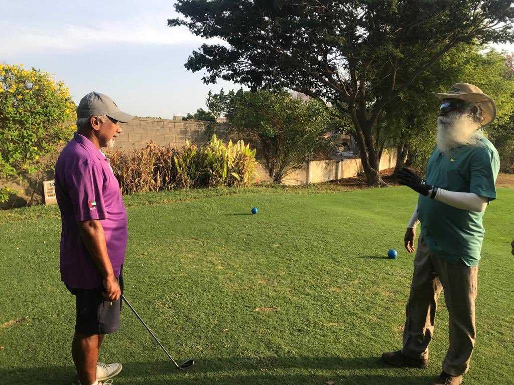 Still worried about Mani Ratnam? Watch him golfing with Sadguru Jaggi Vasudev
