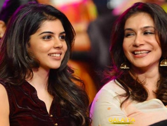 Director Priyadarshan's Daughter May Turn a Heroine