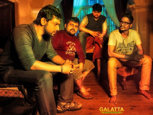 darling 2's plot is about 5 friends - Tamil Movie Cinema News