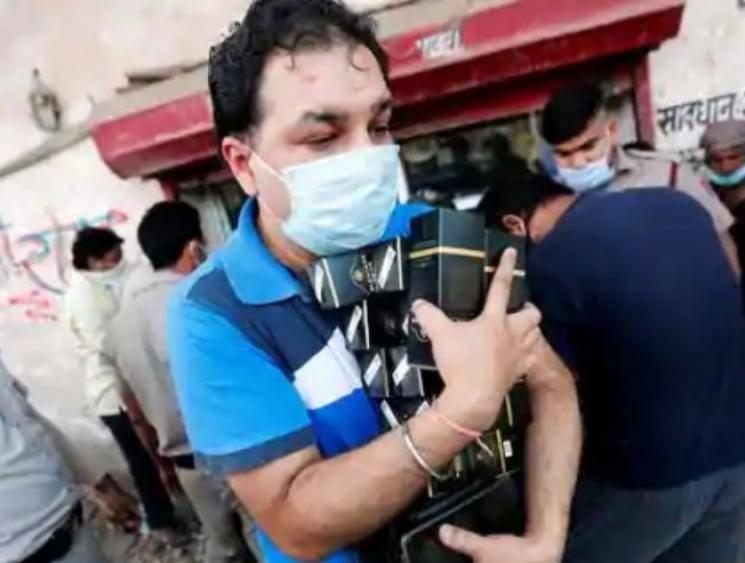 Lockdown Delhi charges 70 percent special corona fee on liquor - Tamil Movie Cinema News