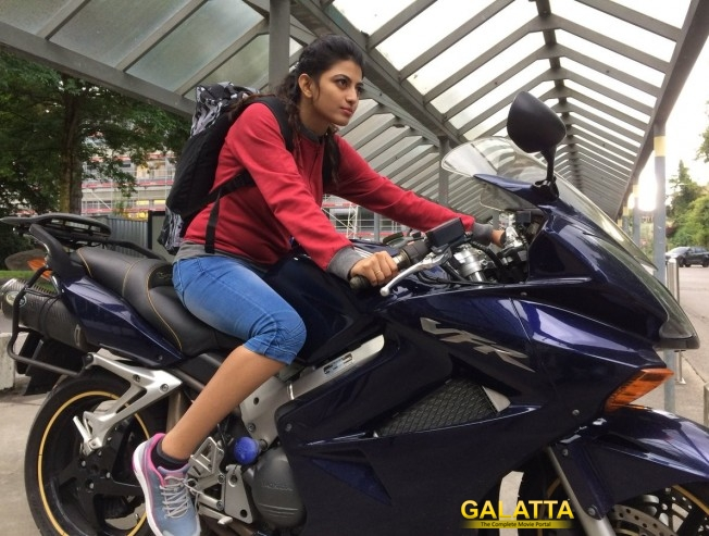 Anandhi In Naveen Alaudhinin Arputha Camera Is A Car Driver
