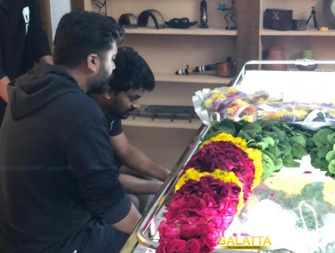 Kolamaavu Kokila Nelson Dilipkumar Father Passes Away STR Simbu Mahat Raghavendra