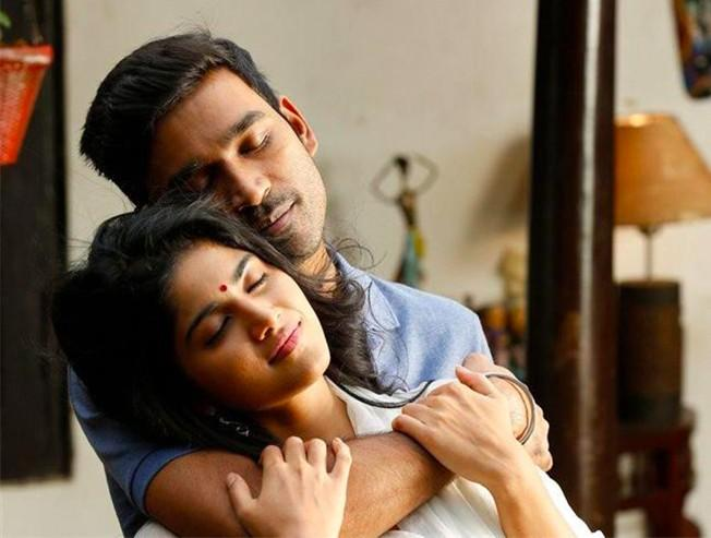 Gautham Menon Enai Noki Paayum Thota to release on the 4th of April 2019 with Dhanush in the lead