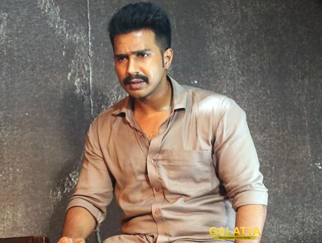 Ratsasan Telugu Remake Hero Bellamkonda Sai Sriniwas - Tamil Movie Cinema News