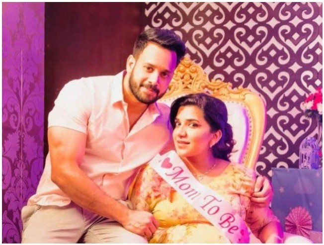 Actor Bharath and Wife Jeshly To Welcome New Family Member Soon