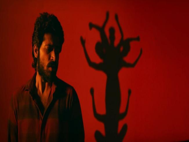 Watch the new song from Harish Kalyan's IRIR!