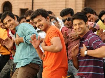 Thalapathy Vijay's Nanban gets school teacher suspended!