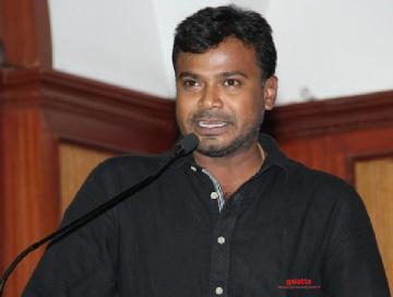 Breaking: Yaamirukka Bayamey director signs his next with leading production house!