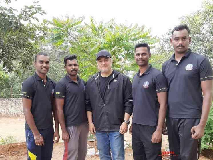 Thala Ajith with Kanchipuram Police for Valimai Latest Pics - Tamil Movie Cinema News