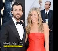 Aniston and Theroux get their wedding bands!