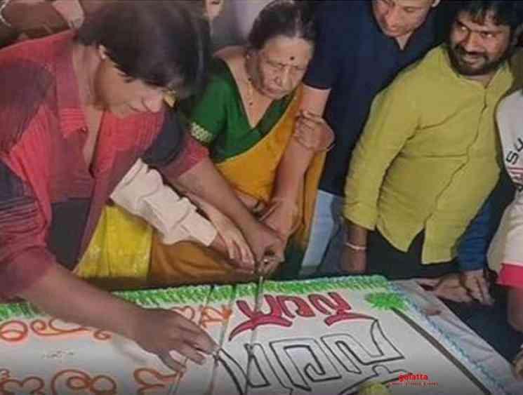 Duniya Vijay gets legal notice using sword to cut birthday cake - Kannada Movie Cinema News