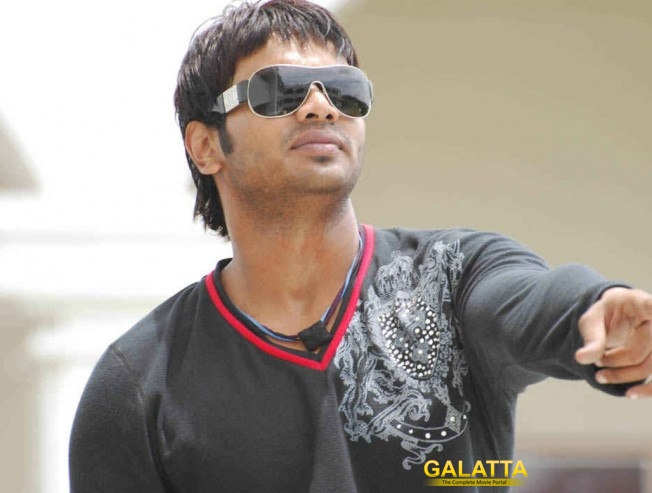 Manchu Manoj to work with 3 debut directors!