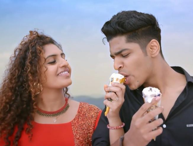Latest trending romantic video from Oru Adaar Love | Priya Prakash Varrier