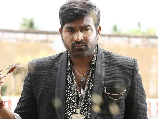 Director Mani Ratnam praises Parthiban for Oththa Seruppu - Movie Cinema News