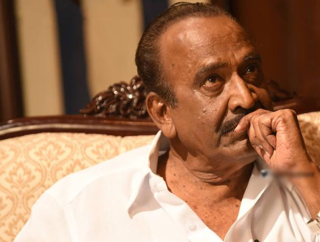 Legendary director J Mahendran Mullum Malarum Johnny fame passes away